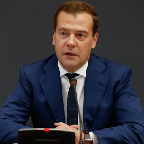 Почему «Экономика роста» приведет к краху.Дмитрий Медведев дал ход программе Столыпинского клуба