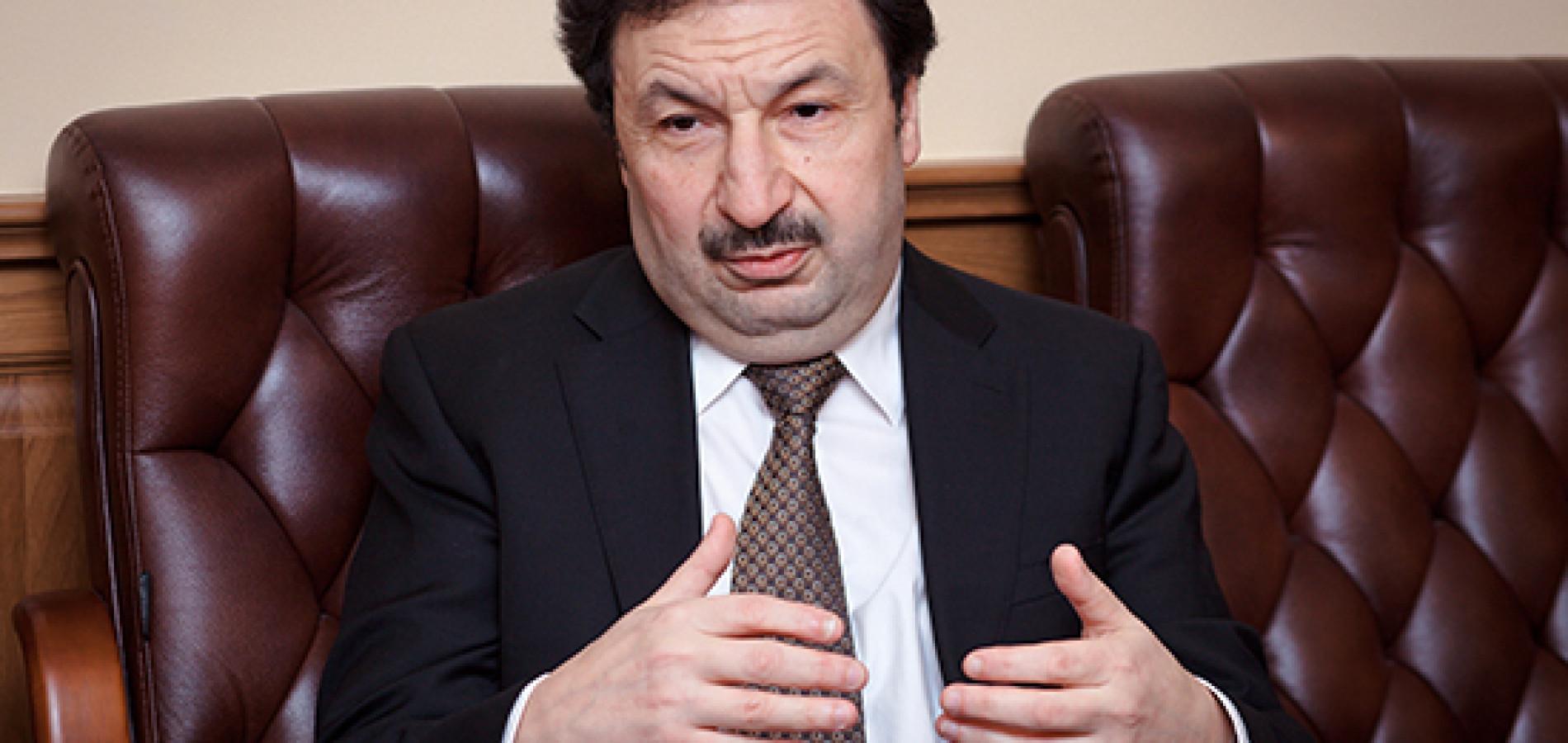 Владимир Мау предупредил об угрозе повторения ошибок 1980-х