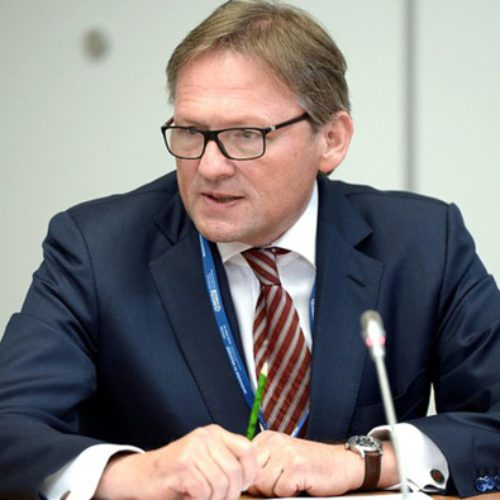 Титов представил Медведеву «Стратегию Роста»