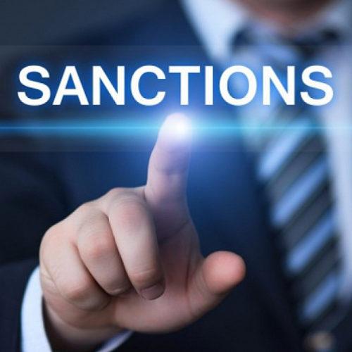 Политолог: Санкции — повод для смены стратегии развития России