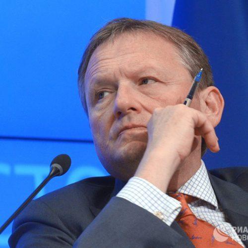 Малый бизнес живет в подполье из-за проверок и штрафов, заявил Борис Титов