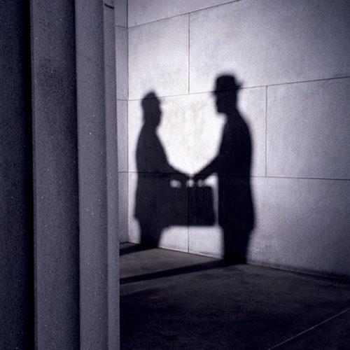 Самозанятых выманивают из тени патентом: правительство вернулось к обсуждению легализации предпринимателей